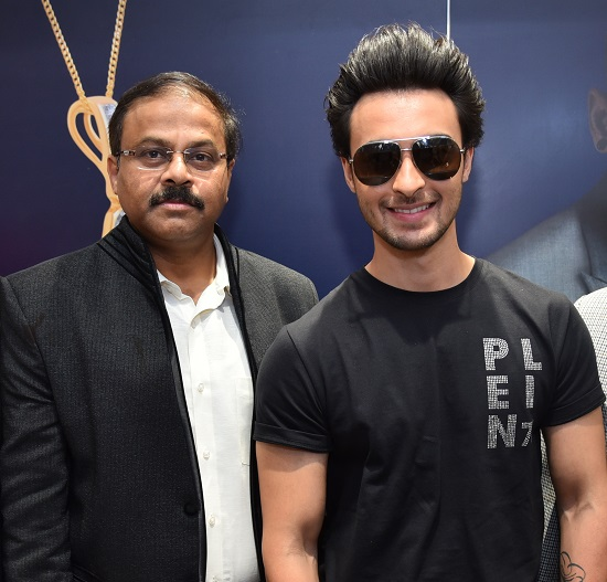 Prasad Kapre (CEO & Director of Style Quotient Pvt Ltd) and Actor Aayush Sharma at the Launch of Being Human Jewellery Chandigarh Store