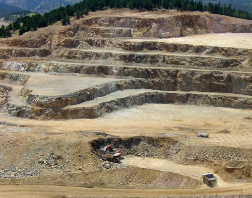 Newmont acquisition of Goldcorp : Newmont Mining and Goldcorp sign $10bn merger.