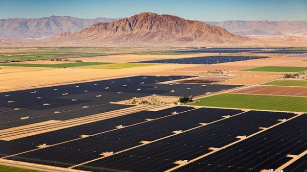 Holstein solar project in Texas