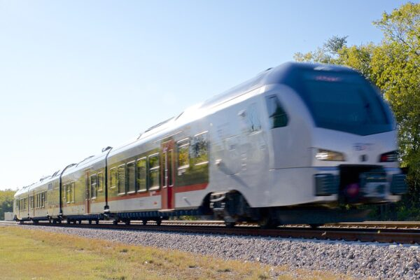 Trinity Metro selects AECOM as project consultant for the TEXRail extension project.