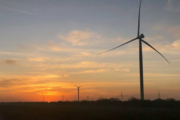 RWE to sell 51% stake in four Texan wind farms to Algonquin for $600m