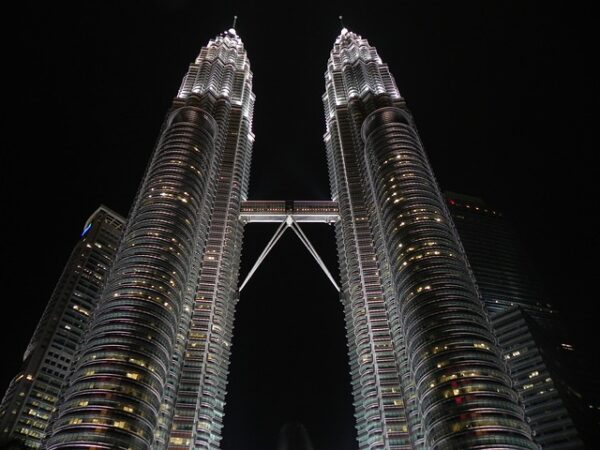 PETRONAS makes oil discovery in North Madura II PSC, Indonesia
