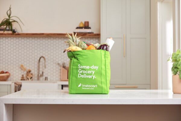 Instacart bags $265m in new funding for online grocery delivery service