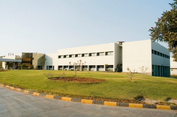 Dr. Reddy's Laboratories launches Albendazole Tablets, USP in US