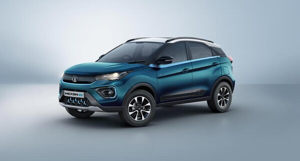 Tata Motors Group sells more than 3.3 lakhs vehicles in Q4 FY21